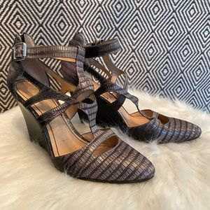 Elizabeth and James / Size 6 / Womens Shoes